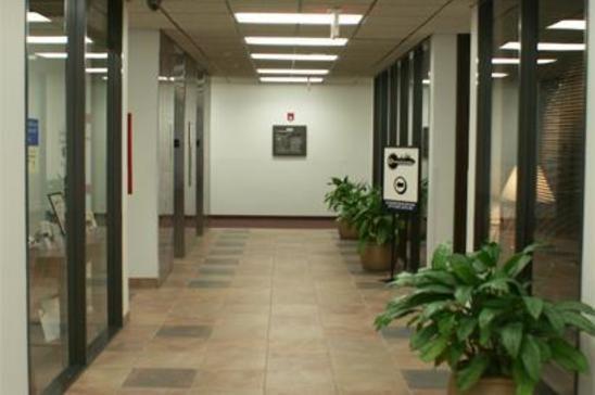 13-2200-North-Loop-WestHoustonTX77018-Office-2200-md3.jpg