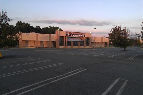 10-5249-Central-AvenueCharlotteNC28281-Retail-wp_000866-sm.jpg