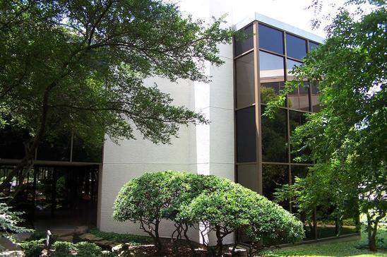 10-2735-2775-Villa-Creek-DrDallasTX75234-Office-2735-2.jpg
