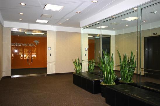 14-4040-McEwenFarmers-BranchTX75244-Office-img_3398-clean.jpg