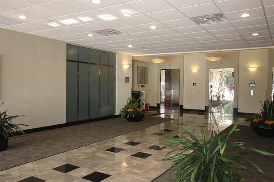 10-4101-McEwenFarmers-BranchTX75244-Office-img_3351.jpg
