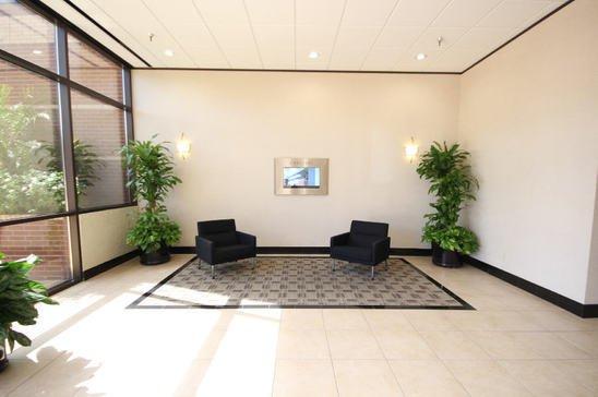 12-12808-West-Airport-Blvd.Sugar-LandTX77478-Office-img_2518-sm.jpg
