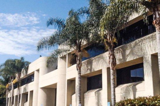 7220-Trade-St.San-DiegoCA92123-Office-7220_lg_full.jpg