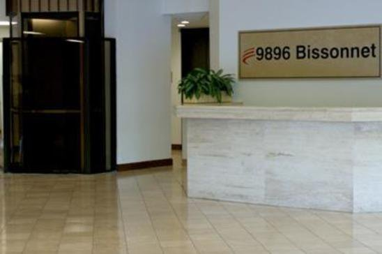 12-9896-Bissonnet-StreetHoustonTX77036-Office-9896-md2.jpg
