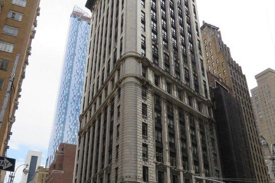 5_Columbus_Circle_(Manhattan,_New_York)_001.jpg