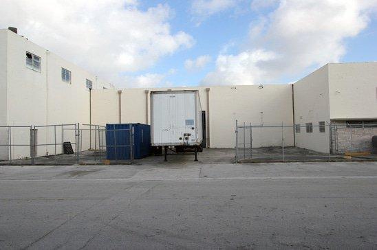 bay-881-warehouse-exterior.jpg