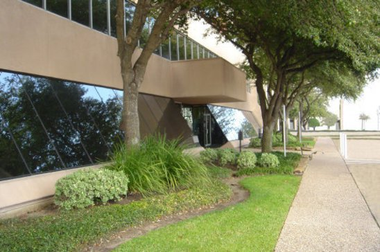 10-2626-South-Loop-WestHoustonTX77054-Office-5mp-2626-exterior-4_clean_sm.jpg