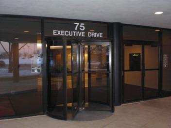 75-executive-drive-201-aurora-il-60504.JPG