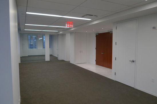 405-lexington-ave-new-york-ny-10174-retail-for-rent.JPG