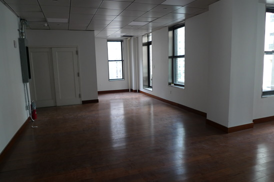 590-5th-avenue-new-york-ny-10037-office-for-lease.JPG