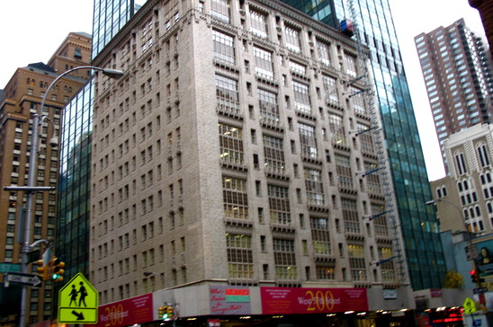 200-west-57th-street-new-york-ny-10019-office-for-rent.jpg